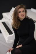Nina, piano